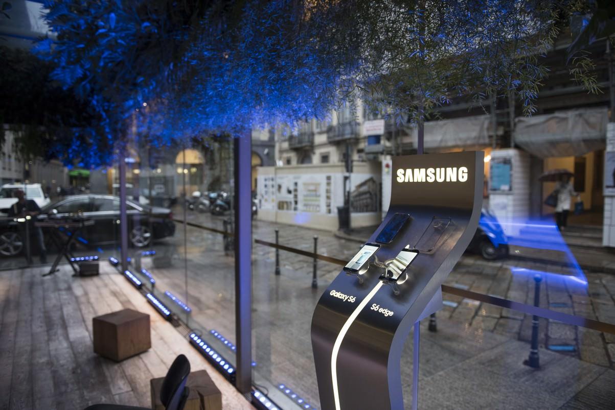 Samsung_Galaxy_S6_01